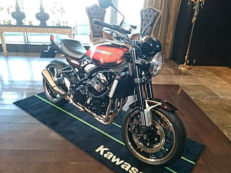 BASE CAMP Z900RS_2017.11.29_1.jpg